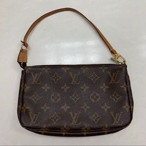 Louis Vuitton Pochette Accesories 100% authentic
